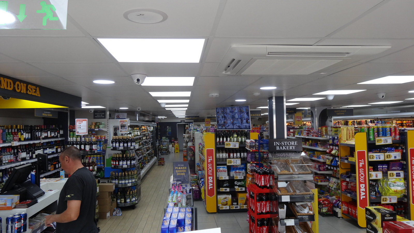 shop fitting,shop fitting in southend