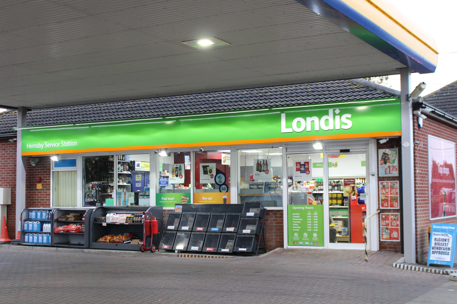 Forecourt shop Hemsy